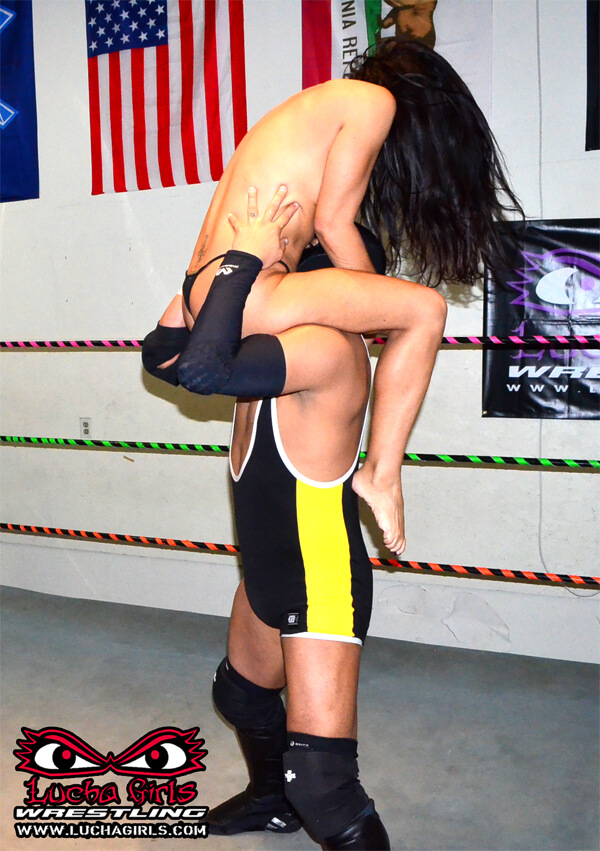 Young guy! mixed wrestling dom pics